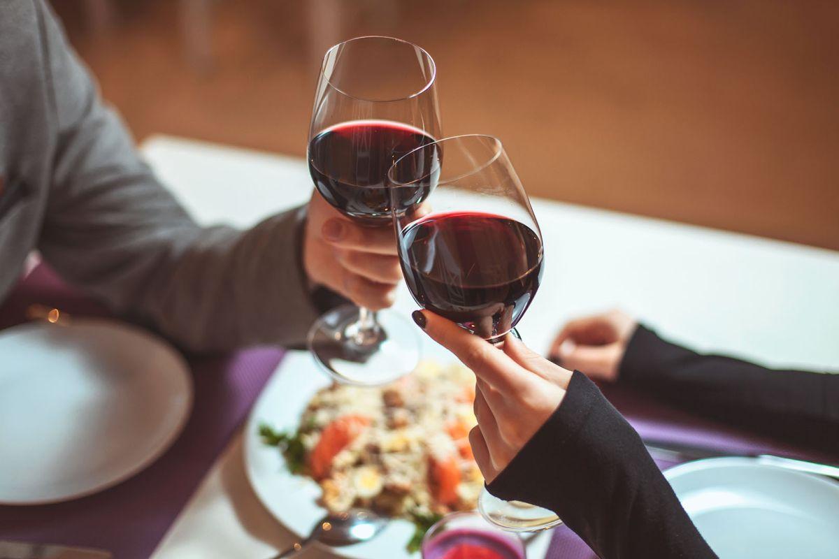 Jak umiarkowane picie alkoholu wpływa na zdrowie?